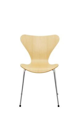 Series 7™ Lacquered Veneer Chair by Arne Jacobsen