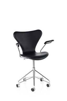Series 7™ Swivel armchair by Arne Jacobsen