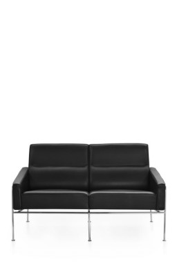 SERIES 3300™ leather 2-Seater by Arne Jacobsen