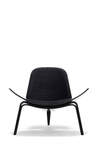 Carl Hansen - CH07 The Shell Chair