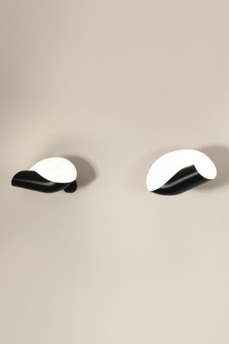 Serge Mouille - Serge Mouille Seashell Wall Light