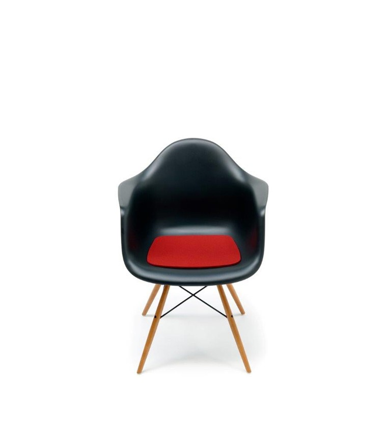 vitra plastic chair daw charles ray eames. Black Bedroom Furniture Sets. Home Design Ideas