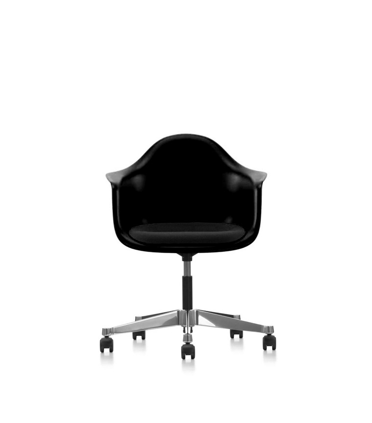 vitra plastic chair pacc charles ray eames. Black Bedroom Furniture Sets. Home Design Ideas