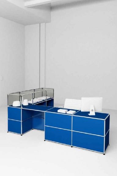 USM Haller - Banques d'accueil Proposition 4 USM Haller avec présentoir vitrine 278 x 178 x h109 cm