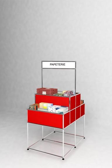 USM Haller - Présentoir commercial Solutions Retail N°06 USM Haller 78 x 103 x h154 cm