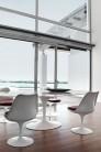 UBER-MODERN - Saarinen Chaise Tulipe Revêtue avec Accoudoirs